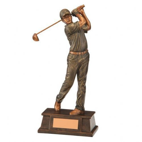 The Classical Male Golf Award 220mm